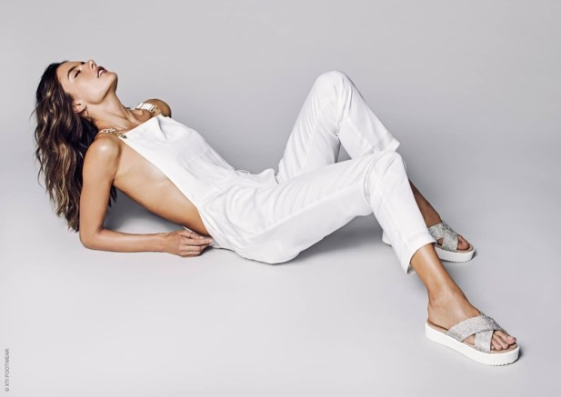 Alessandra-Ambrosio-XTI-Shoes-Spring-2017-Campaign13