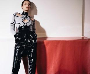 Bella-Hadid-Vogue-China-April-2017-Cover-Photoshoot11