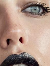 Emily-DiDonato-Nude-Narcisse-Magazine-Spring-Summer-2017-Cover-Editorial09