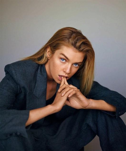 Stella-Maxwell-Harpers-Bazaar-Spain-April-2017-Cover-Editorial07
