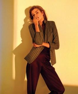 Stella-Maxwell-Harpers-Bazaar-Spain-April-2017-Cover-Editorial11