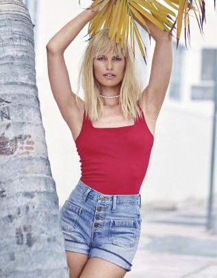 Karolina-Kurkova-Harpers-Bazaar-China-June-2017-Cover-Photoshoot10