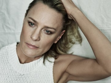 Robin-Wright-The-Edit-May-2017-Cover-Photoshoot04