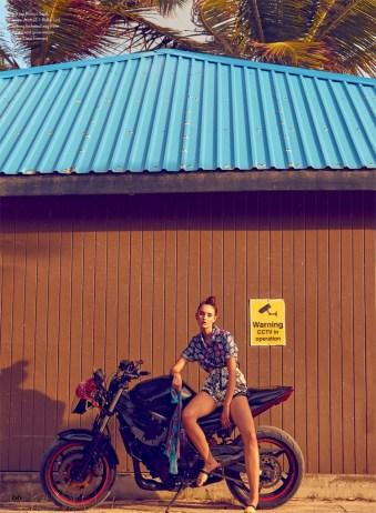 ELLE-Canada-Summer-2017-Cover-Editorial11