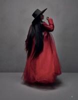 Nicki-Minaj-Vogue-Arabia-Cover-Photoshoot08