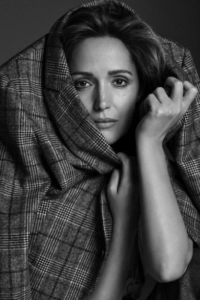 Rose-Byrne-Story-Rain-Photoshoot05