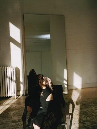 Felicity-Jones-PORTER-Edit-Cover-Photoshoot09