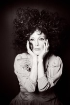 Julianne-Moore-Flaunt-Magazine-Cover-Photoshoot11