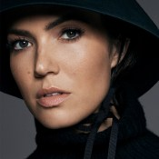 Mandy-Moore-Story-Rain-Photoshoot12