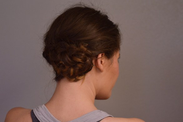 #WORKOUTWEDNESDAY: THE UPDO YOU CAN WORK & WORKOUT IN by Fashion in Flight
