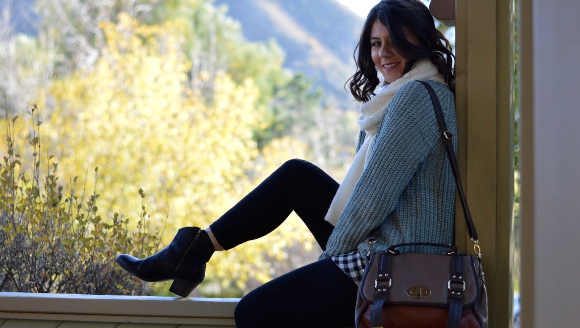 COMFY & CUTE THANKSGIVING OUTFIT by Fashion in Flight tjmaxx sage green seafoam green chenille sweater michael stars white knit scarf forever 21 black and white plaid checkered tunic black american eagle aerie leggings black frye western ankle boots booties steve madden orange and brown color block bag manitou springs colorado springs colorado denver style blogger fashion beauty lifestyle blog by ashleigh jean lopes brunette short curly hair outfit of the day fall autumn look lookbook ootd gazebo style luccagraphy