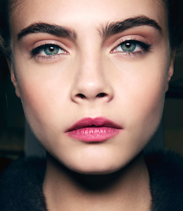 Bushy Eyebrows: How to Fill in Eyebrows