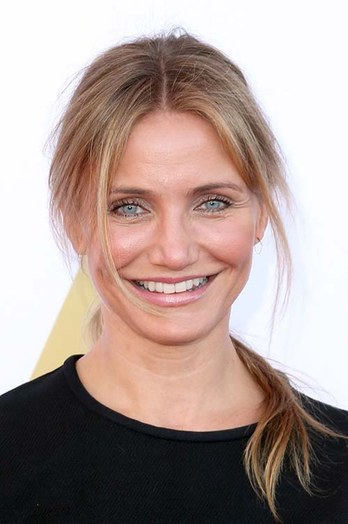 20 Stylish Ways to Wear Center Part Hairstyles: Cameron Diaz