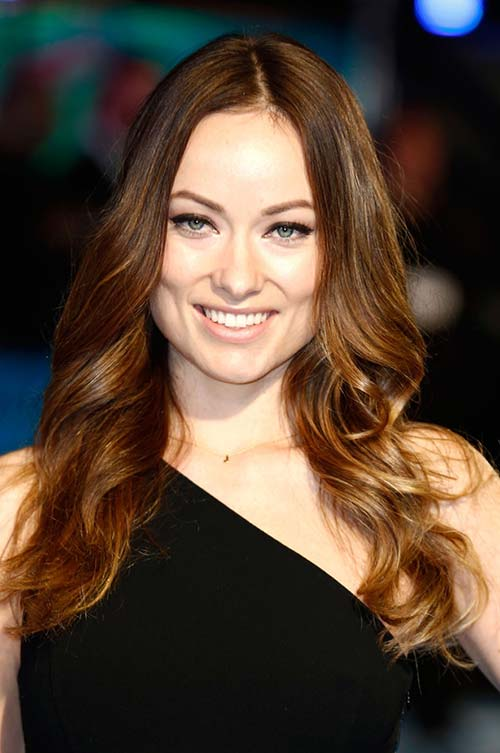 20 Stylish Ways to Wear Center Part Hairstyles: Olivia Wilde