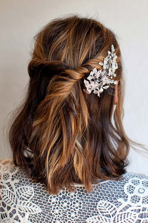 10 Gorgeous Holiday Party Hairstyles: Bohemian Twisted Half Updo