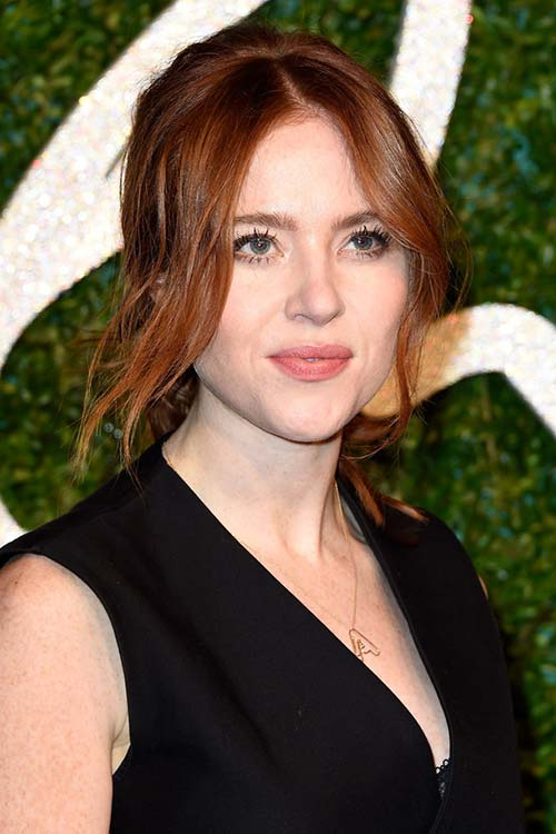 Pretty Holiday Hairstyles to Meet 2015 In Style: Ponytail - Angela Scanlon