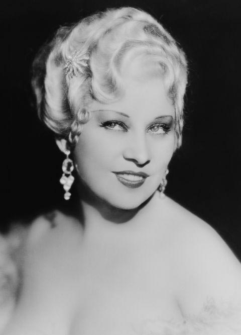 10 Old Hollywood Beauty Hacks: Mae West