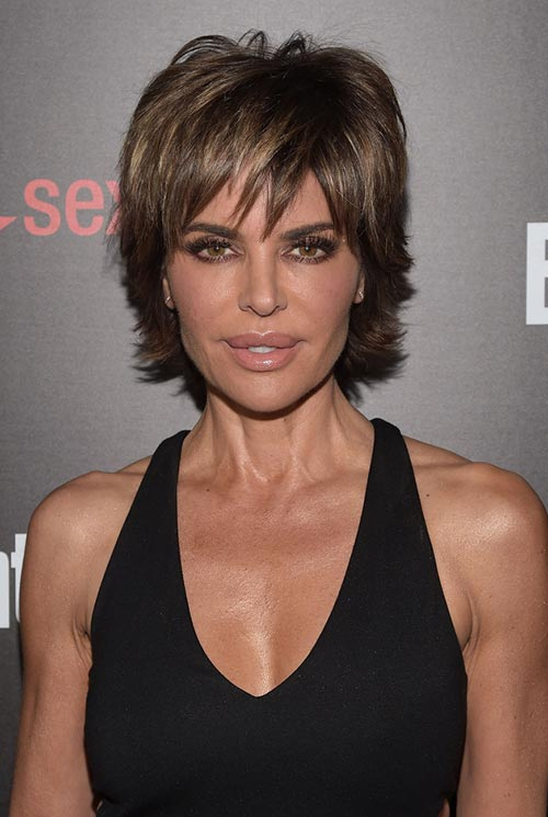 Short Hairstyle Ideas: Lisa Rinna Layered Razor Haircut