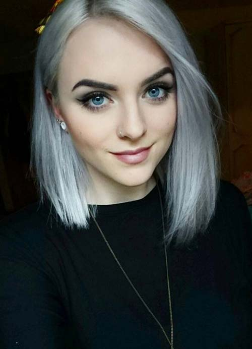 Short Hairstyles for Women with Thin/ Fine Hair: Gray Bob