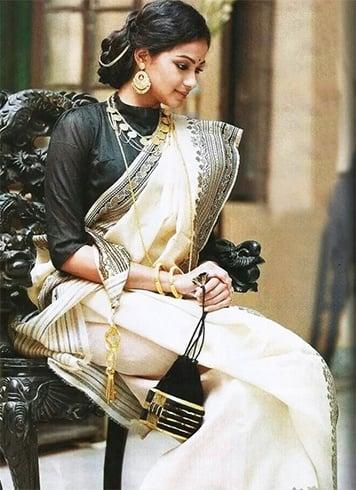 Best Bridal lehenga store in Kolkata, Designer lehengas in kolkata, Best Lehenga store Kolkata