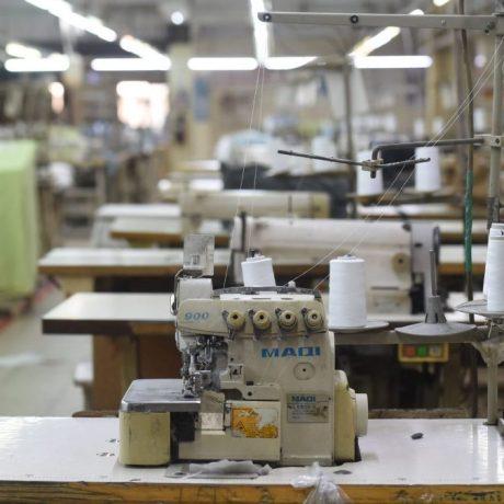 A gyárakat felügyelő ipar a profitot védi, nem az emberket