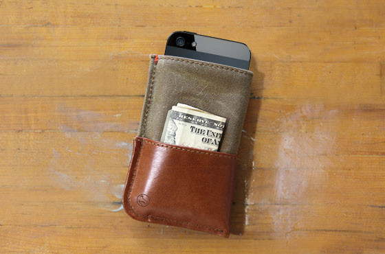 DODOCase iPhone 5 Wallet