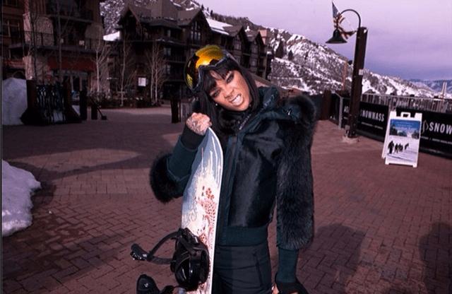 Rihanna in Aspen