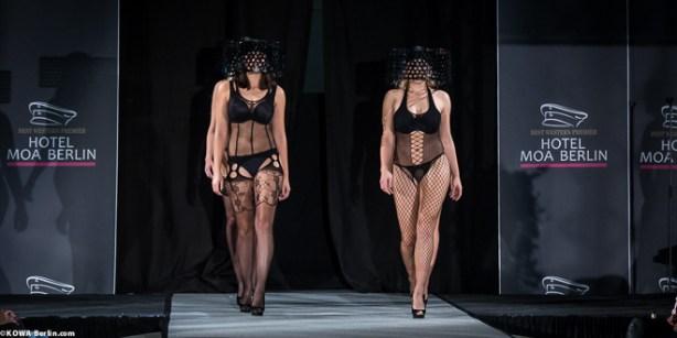 Körpernah Dessous Modenschau - Luxus auf Deiner Haut-3525