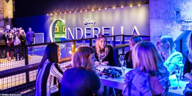 Cinderella-Premiere-Party-Berlin-2015-7622