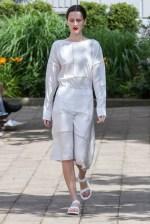 Hien Li-Mercedes-Benz-Fashion-Week-Berlin-SS-17-6213
