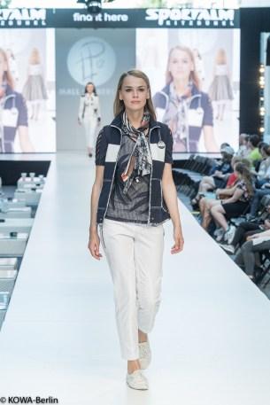 Mall-of-berlin-2016-big berlin fashion show sportalm
