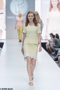 Mall-of-berlin-2016-big berlin fashion show-7074