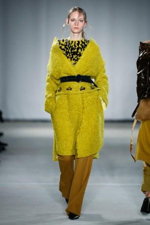 Dorothee Schumacher-Mercedes-Benz-Fashion-Week-Berlin-AW-17-69474