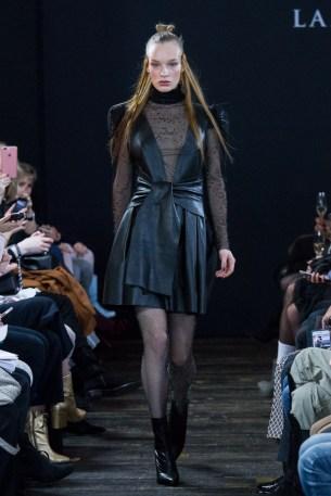 Lana Müller-Mercedes-Benz-Fashion-Week-Berlin-AW-17-9987