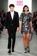 RIANI-Mercedes-Benz-Fashion-Week-Berlin-AW-17-69764