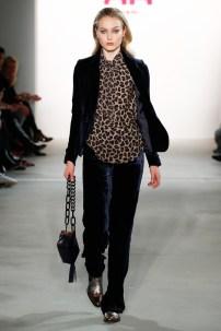 RIANI-Mercedes-Benz-Fashion-Week-Berlin-AW-17-69769