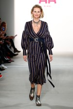 RIANI-Mercedes-Benz-Fashion-Week-Berlin-AW-17-69789
