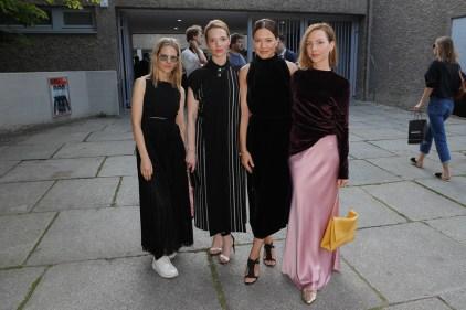 BOSS Womenswear Gallery Collection Presentation 2017-Mercedes-Benz-Fashion-Week-Berlin-SS-18-46