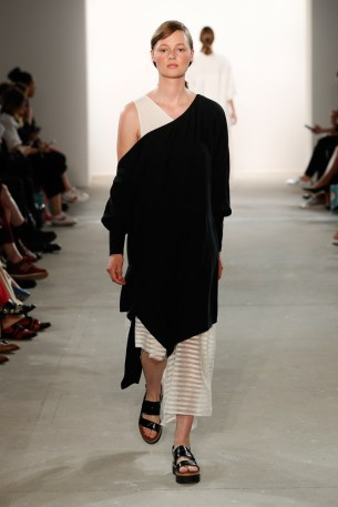 IOANA CIOLACU-Mercedes-Benz-Fashion-Week-Berlin-SS-18-71846