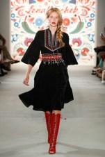 LENA HOSCHEK-Mercedes-Benz-Fashion-Week-Berlin-SS-18-71719