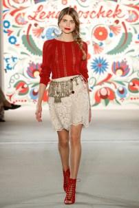 LENA HOSCHEK-Mercedes-Benz-Fashion-Week-Berlin-SS-18-71728