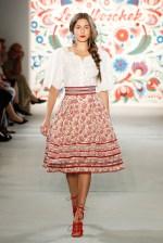 LENA HOSCHEK-Mercedes-Benz-Fashion-Week-Berlin-SS-18-71730