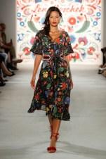 LENA HOSCHEK-Mercedes-Benz-Fashion-Week-Berlin-SS-18-71745