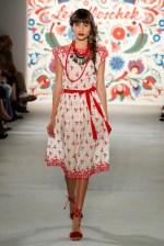 LENA HOSCHEK-Mercedes-Benz-Fashion-Week-Berlin-SS-18-71757