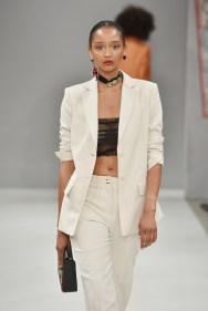 RIANI-Mercedes-Benz-Fashion-Week-Berlin-SS-18-019