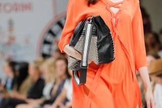 RIANI-Mercedes-Benz-Fashion-Week-Berlin-SS-18-037