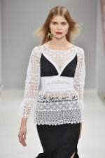 RIANI-Mercedes-Benz-Fashion-Week-Berlin-SS-18-040