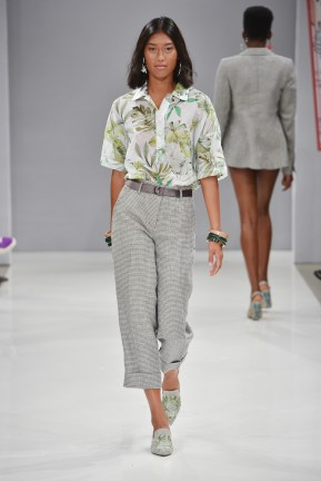 RIANI-Mercedes-Benz-Fashion-Week-Berlin-SS-18-058