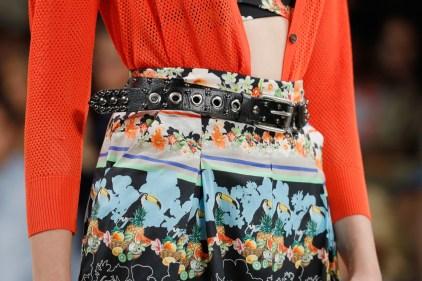 RIANI-Mercedes-Benz-Fashion-Week-Berlin-SS-18-088