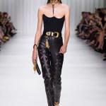 Versace Frühjahr-Sommer 2018 - Tribute to Gianni auf der Fashion Week Mailand